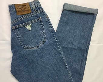 90s Vintage GUESS Medium Wash Denim Tapwred Leg High Waisted Mom Jeans 29, 90s Mom Jeans, Vintage Guess Jeans, 90s Tapered Leg Mom Jeans 29""