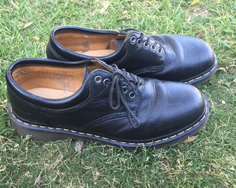 Vintage Doc Martens 5 Eyelet 8053 Smooth Black with Yellow Stitching Leather Oxford Shoes US 10 Men 11 Women, Black Padded Collar Dr Martens