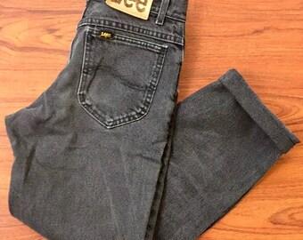 90s Vintage Lee Faded Black Denim High Waisted Mom Jeans 29, 90s Faded black Lee Jeans, 90s High Waisted Mom Jeans, Black Mom Jeans 29