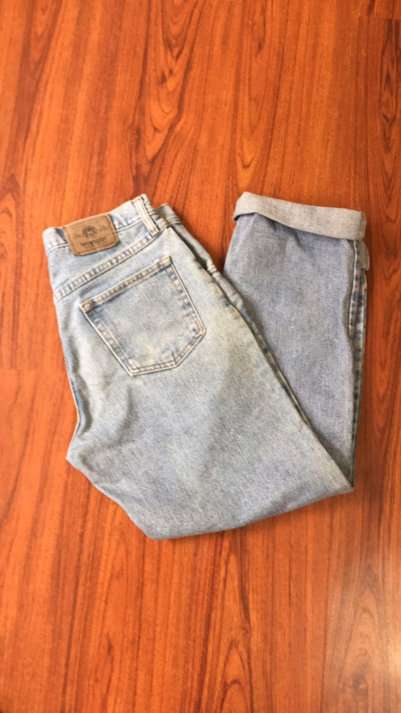68e2ff84 90s Vintage Wrangler High Waisted Jeans with Straight Leg 90s   Etsy