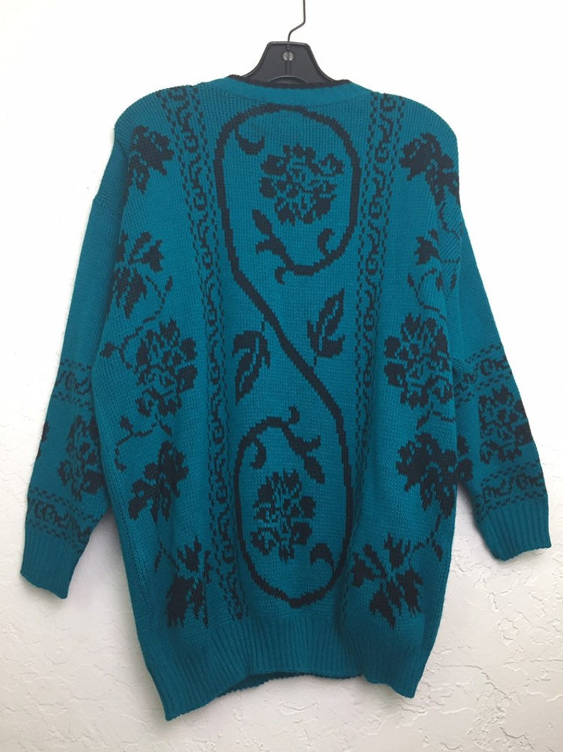 New Old Stock NWOT 90s Vintage Emerald Green Floral Pattern Oversized Pull Over Sweater by Classic Essentials 80s Green Grandma Sweater