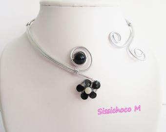 Necklace perlefleurette (creator)