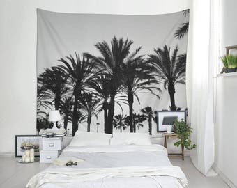 Black And White Tropical Tapestry, Palm Tree Art, Beach Tapestry, Tropical Decor, Summer Tapestry, Coastal Wall Art. MG041