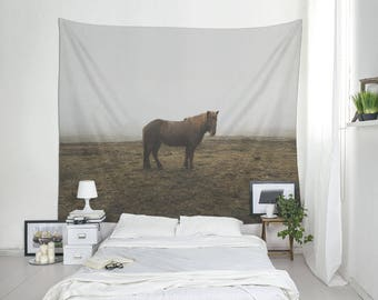 Animal Tapestry, Horse Tapestry, Animal Lover Gift, Dorm Decoration, Home Decorating, Iceland Photography. SV035