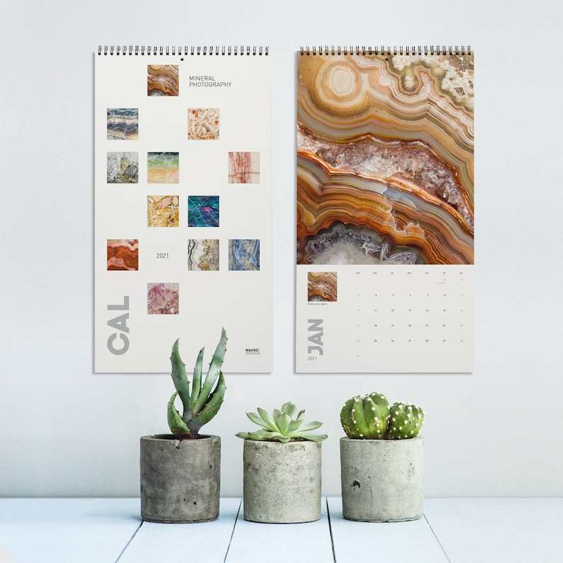 2022 Calendar of Mineral photography version 2 Wall decor image 0