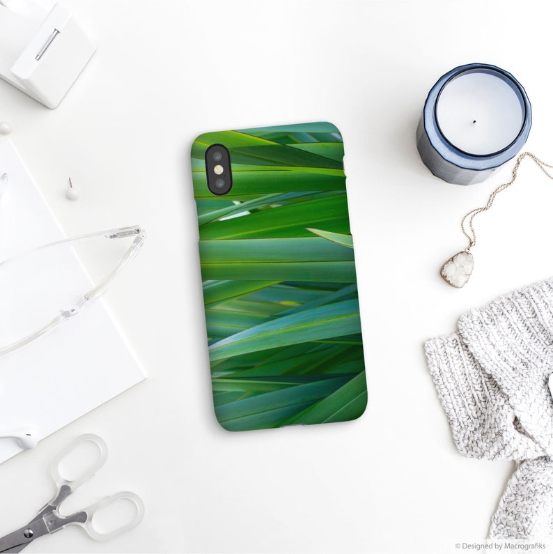 Green nature phone case English iris leaves device image 0