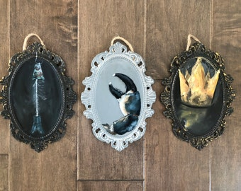 Cameo Frame Original Artwork, Crown, crab, lobster, Fish, Seafood, Crab Claw, Lobster Claw, Gothic, Painting, Victorian, Wall Art, Decor