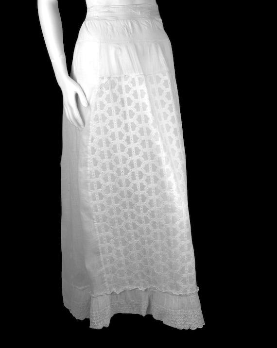 Victorian Dress Skirt Petticoat 1890s Batiste Bus… - image 7