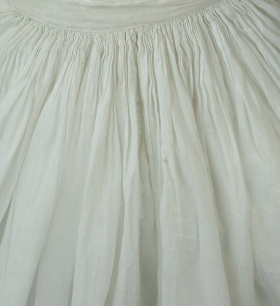 Victorian Dress Skirt Petticoat 1890s Batiste Bus… - image 3
