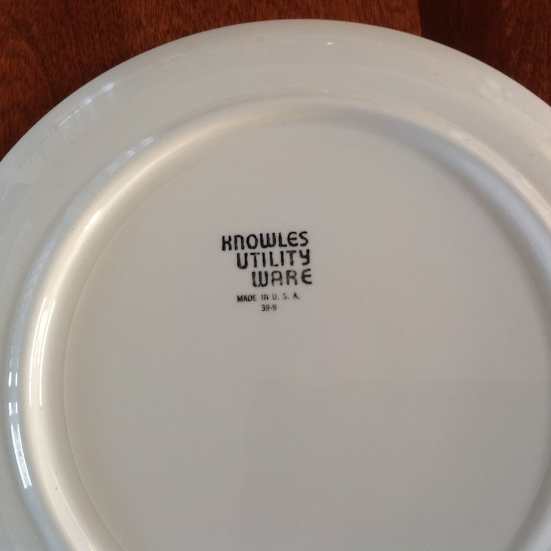 Edwin M Knowles Utility Ware 10 Art Deco Floral Dinner Plate