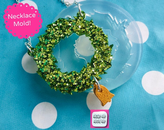 45mm Silicone Christmas Wreath Necklace Mold with Bell PM54