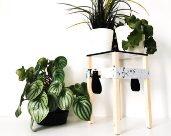 NOMADE marble support - Leewalia - small table - plants - plant support - small furniture - wooden table - design object - pot cache