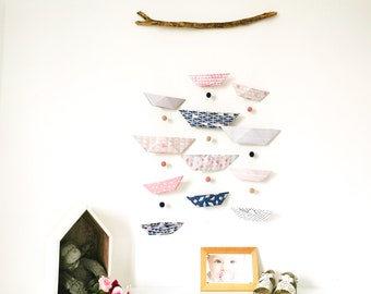 Mobile BATEAUX pink wall and navy- Leewalia - interior decoration - baby child's bedroom - origami folding - birth - wall decoration