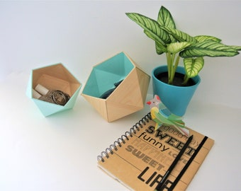 origami boxes plain wood and Mint blue