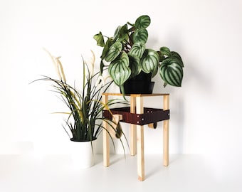 NOMADE wood support - Leewalia - small table - plants - plant support - small furniture - wooden table - design object - pot cache