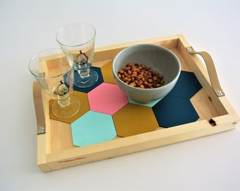 appetizer tray with slot glasses included, Scandinavian colors