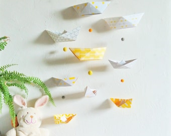 Mobile BATEAUX yellow and grey wall- Leewalia - interior decoration - baby child's bedroom - origami folding - birth - wall decoration