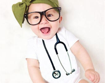 Stethoscope Baby Bodysuit, Funny Baby Clothes, Baby Nurse Outfit, Nurse Gift, New Baby Clothing, Surgeon Gift, Medical Gifts