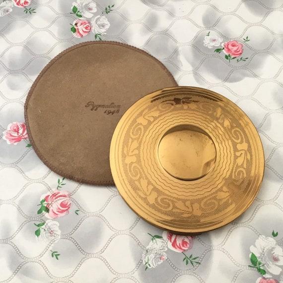 Pygmalion loose powder compact 1948, large vintage gold tone hand mirror c 1950, handbage makeup mirror