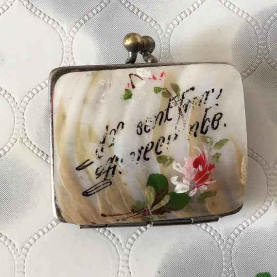 Antique mother of pearl coin purse, vintage souvenir sovereign purse with painted shell