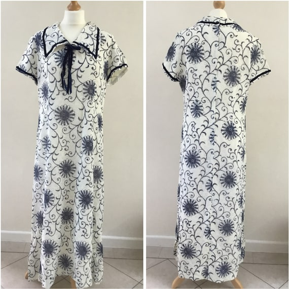 Norman Linton nautical style Maxi dress with dagger collars UK vintage size 20, c1960s or 1970s, white nylon lace with blue flowers