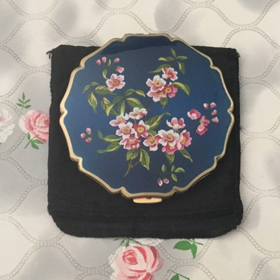 Stratton princess loose powder compact, c 1960 with blue and pink floral lid, vintage makeup mirror with pink flowers