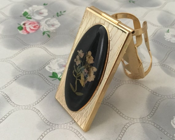 Vintage lipstick holder, with dried flowers, gold and black lip mirror, handbag makeup compact