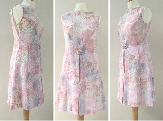 Berkertex Pink and white floral mod dress, UK size 10 to 12, vintage Dacron and cotton summer A-line dress