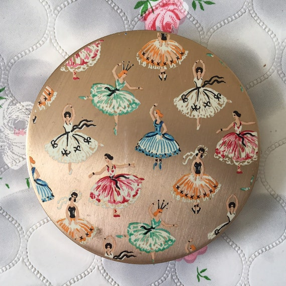Stratton ballet dancers powder compact with ballerinas, vintage 1950s makeup mirror,