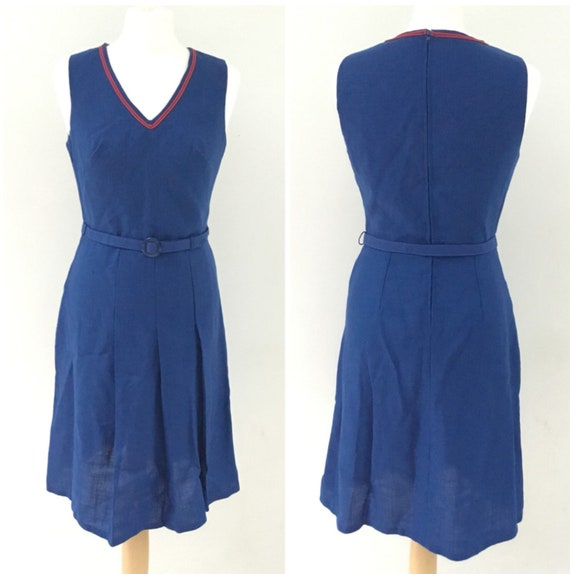 Marks and Spencers St Michael pleated blue and red dress, with belt c 1970s, vintage size 14