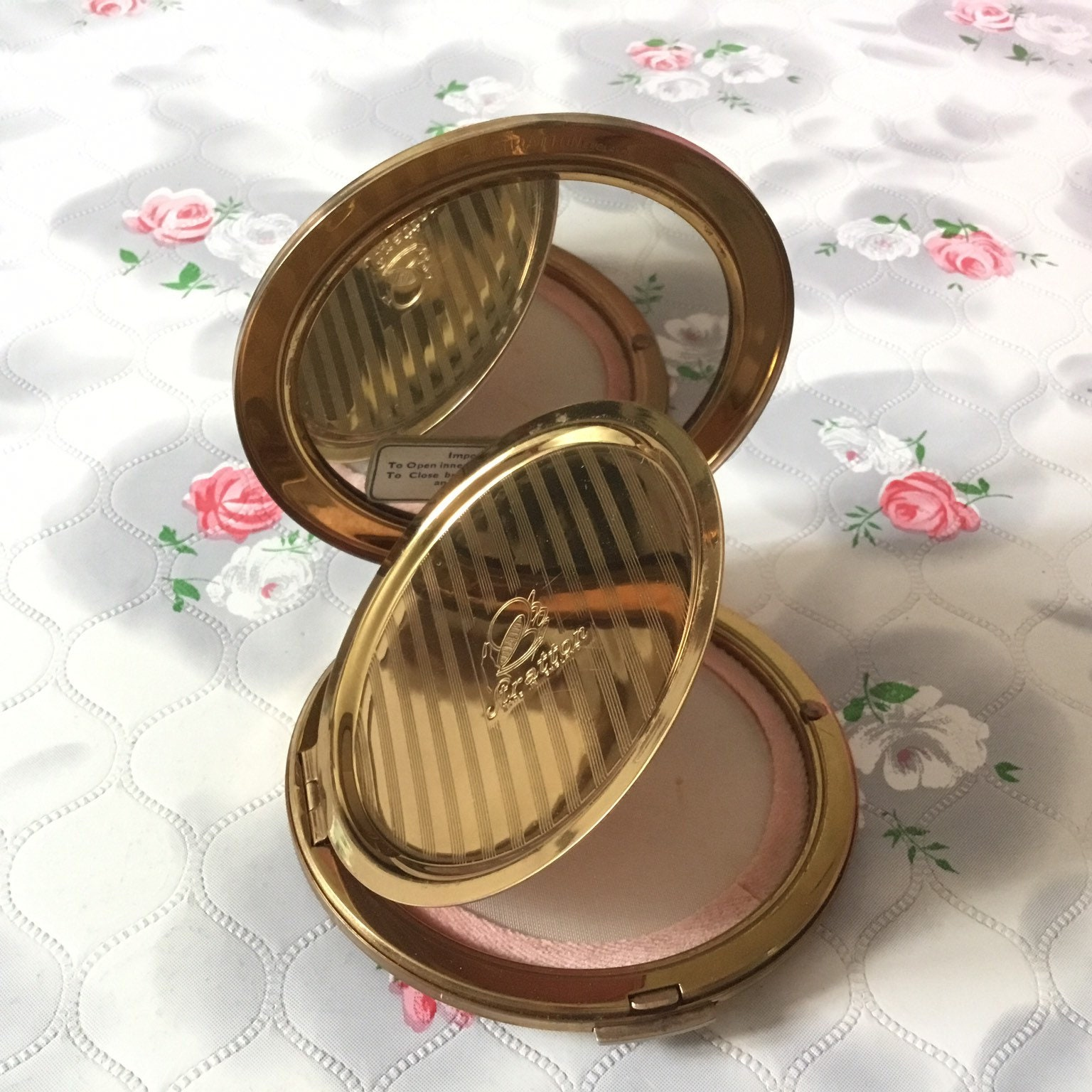 Stratton ballet powder compact with ballet dancers by Cecil Golding vintage Marquis ballerina makeup mirror c 1950s