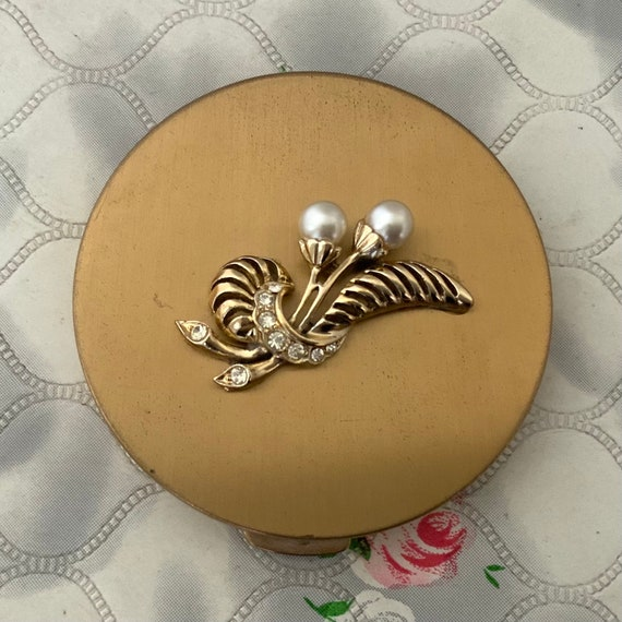 Vintage powder compact, gold tone with faux pearls, mid century handbag makeup mirror