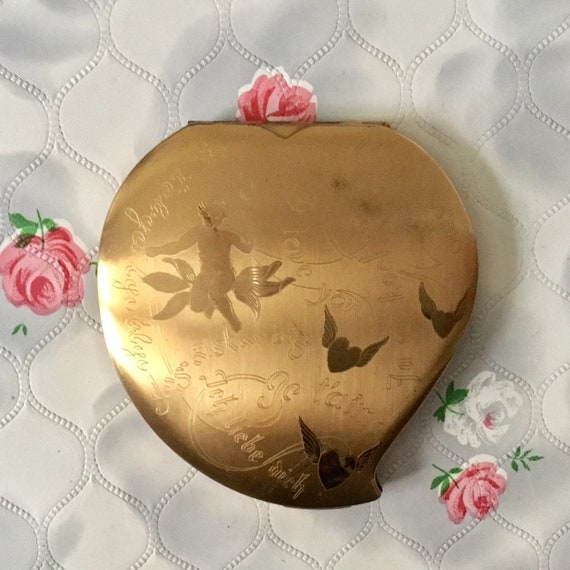Elgin American heart shaped powder compact with cherubs, I love you, and Je taime, c 1950s vintage makeup mirror