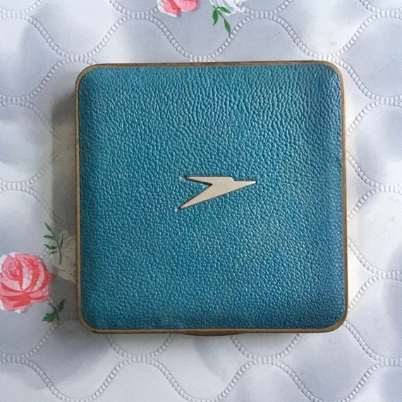 Mascot BOAC powder compact, c 1960s 1970s with turquoise blue faux leather, vintage airline souvenir makeup mirror