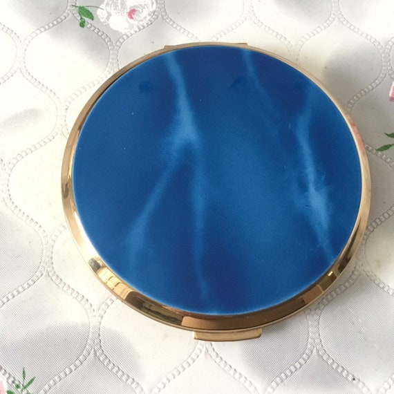 Stratton cream powder compact with faux blue marble lid, c 1960s to 1970s, ladies vintage makeup mirror