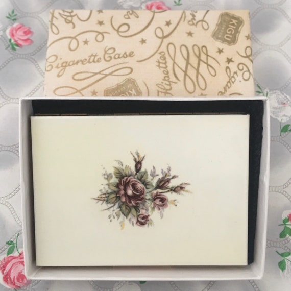 Kigu ladies gold and cream cigarette case, with lilac roses, vintage 1960s unused business card holder with box