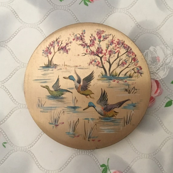 Stratton loose powder compact, c 1950s with flying ducks, vintage gold tone handbag makeup mirror with birds