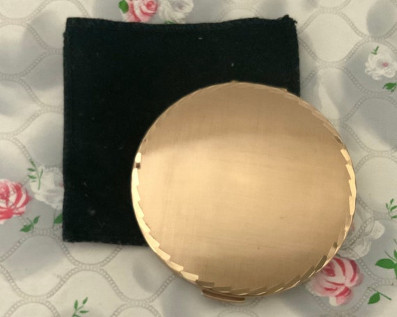 Stratton loose or cream powder compact, c1970s or 1980s gold convertible makeup mirror