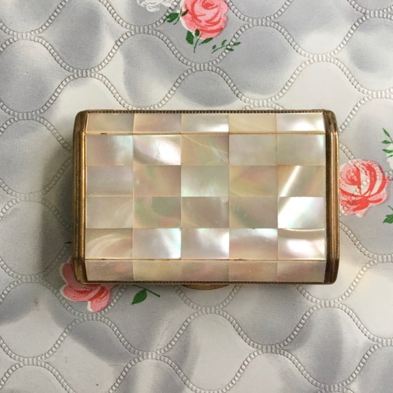 Melissa mother of Pearl loose powder compact, c 1950s vintage makeup mirror,