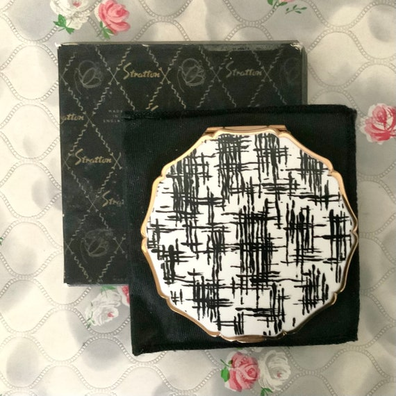 Stratton Queen convertible powder compact, c1960s vintage black and white abstract makeup mirror