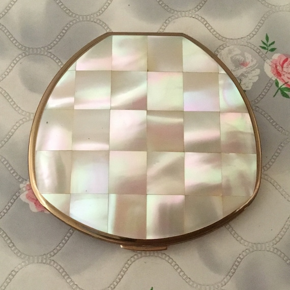 Mother of pearl vintage Stratton convertible powder compact, c1970s or 1980s MOP makeup mirror