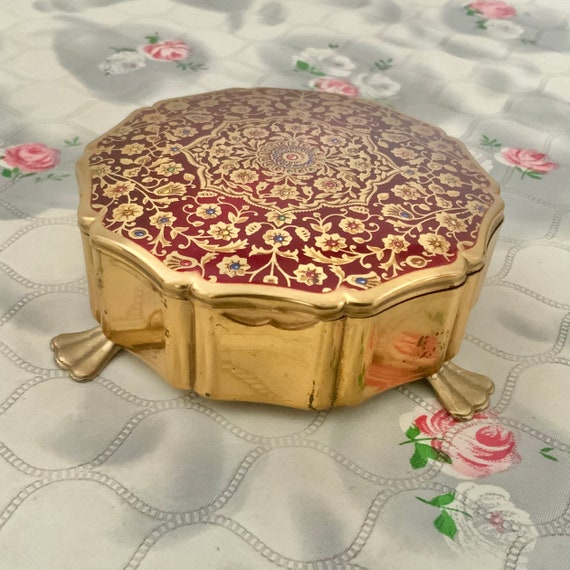 Stratton Queen jewellery box, with gold tone and red, mid-century 1950s dressing table trinket pot