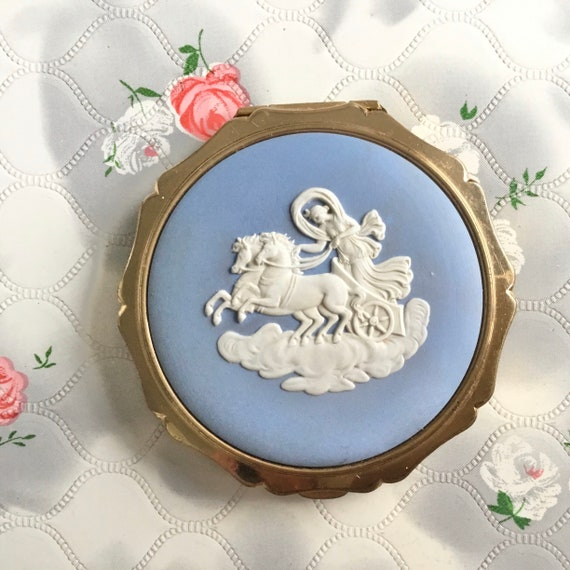 Josiah Wedgwood blue and white powder compact, c 1960s or 1970s Stratton queen convertible makeup mirror
