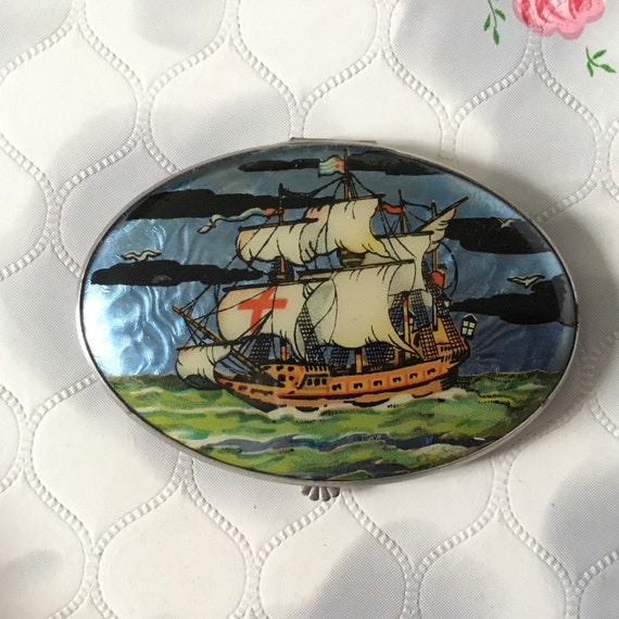 Gwenda oval powder compact with foil and sailing ship c1930s or 1940s, vintage compact makeup mirror with galleon