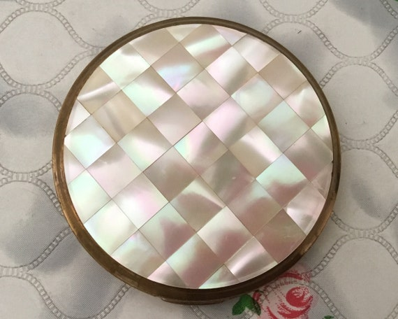 Vintage powder compact with mother of pearl lid, c1960s MOP makeup mirror