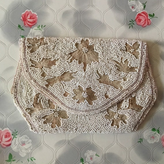 Vintage beaded and embroidered evening purse, 1930s white beaded clutch, vintage pochette coin purse