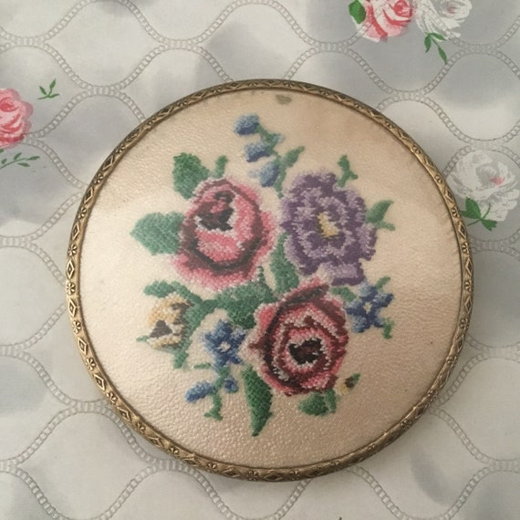 Vintage loose powder compact, c 1950 embroidered petit point roses makeup mirror,