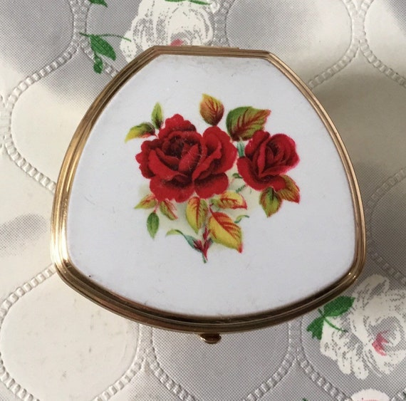 Stratton vintage adjustable Lipview lipstick holder and compact mirror, c 1970s with red roses on white and gold tone, Valentine Day gift