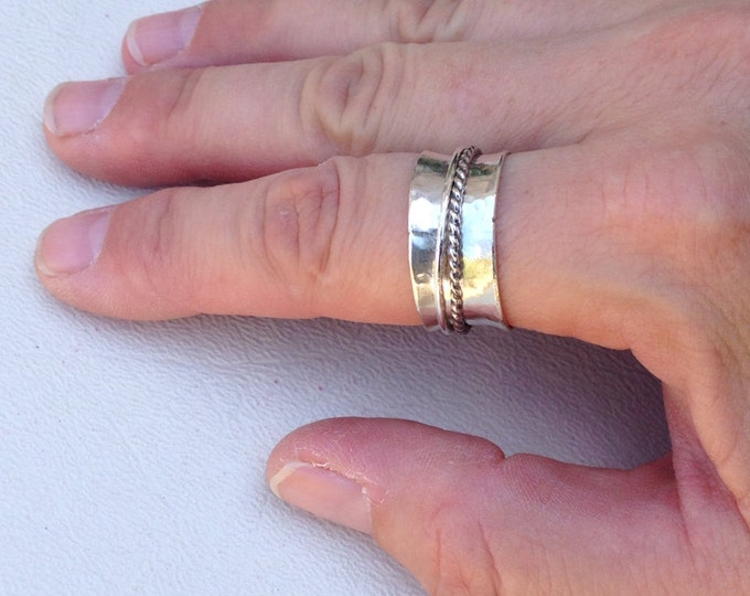 Hammered spinner ring Sterling silver with twist