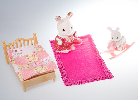 Dolls House Miniature Floor Covering Mat Rug Pink Butterfly Room Accessory